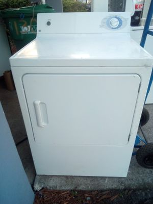 BEAUTIFUL SUPER CAPACITY DRYER PRICE FIRM for Sale in West Palm Beach, FL