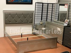Queen Silver Bedroom Set- (Queen Bed Frame, Dresser, Mirror, and One Nightstand) for Sale in Chula Vista, CA