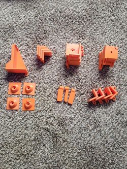 [Free] Brackets for 3D Printer Enclosure for Sale in Woods Cross,  UT