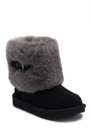 Ugg Ellee II Boots for kids for Sale, used for sale  Worcester, MA