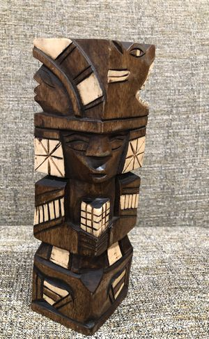 Wooden Hand curved Statue From Riviera Maya . Please see all the pictures and read the description for Sale in Alexandria, VA