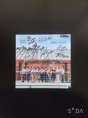 KPOP: GOLDEN CHILD / GOLCHA (Gol-Cha!) ALL MEMBER SIGNED ALBUM for Sale in Poway, CA