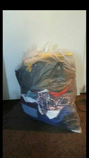 Clothes bundle for Sale in El Monte, CA