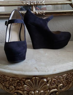 Women's Wedges size 71/2 for Sale in Fontana, CA