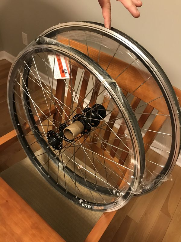 "Wheel set for a bike 26""x1.5"" - WTB FX28"