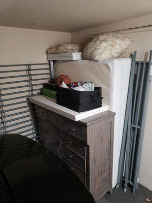 Bedroom furniture for Sale in Hayward, CA