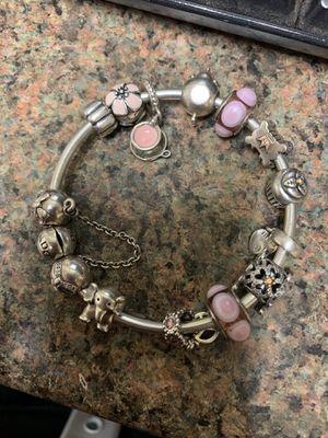 Pandora bracelet for Sale in Pasadena, TX