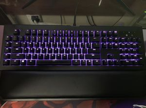 Razer blackwidow chroma V2 wired gaming keyboard for Sale in Hialeah, FL