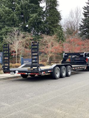 Awesome Gooseneck Trailer 26' Long for Sale in Vancouver, WA