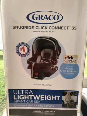 Graco snugride click connect 35 car seat. Cost $140 in store new for Sale in Lehigh Acres, FL