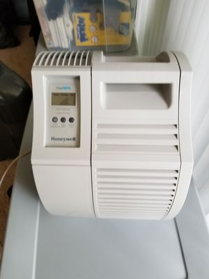 """Honeywell QuietCare """"HEPA"""" Air Purifier for Sale in Rockville, MD"""