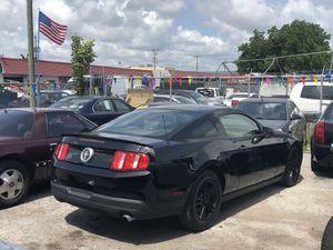 2010 Ford Mustang 4.0L V6 **STICK SHIFT** for Sale in Miramar, FL