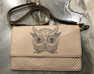 RARA AVIS by Iris Apfel Owl Crossbody or Shoulder Bag for Sale in Anaheim, CA