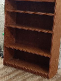 Nice Brown Shelf for Sale in Port Orchard,  WA