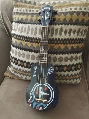The Denny soprano ukulele by Woodrow guitars NEW Includes carrying bag for Sale in Fort Lauderdale, FL