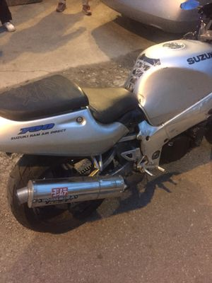 750 gsxr for Sale in Columbus, OH