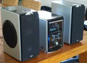 LG Stereo System with Remote for Sale in CA, US