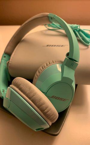 BOSE kids wired headphones 🎧 3.5mm for Sale in West Covina, CA