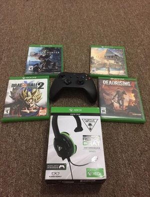 Video games with controller and headphones for Sale in Philadelphia, PA