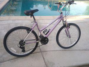 "Great Divide Magna shifting index aluminum woman bike 24"" for Sale in Hemet, CA"