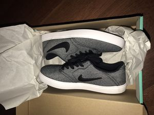 Nike SB Shoes New for Sale in Moreno Valley, CA