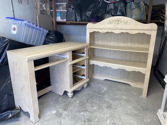 Girls 4 Piece Bedroom Set for Sale in Philadelphia,  PA