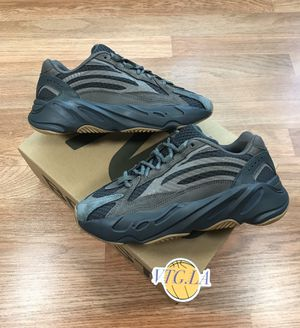 ADIDAS 700 GEODE 8.5 MENS 350 V2 GREY GRAY BLACK DS for Sale in Los Angeles, CA
