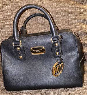 Michael kors bag for Sale in Los Angeles, CA