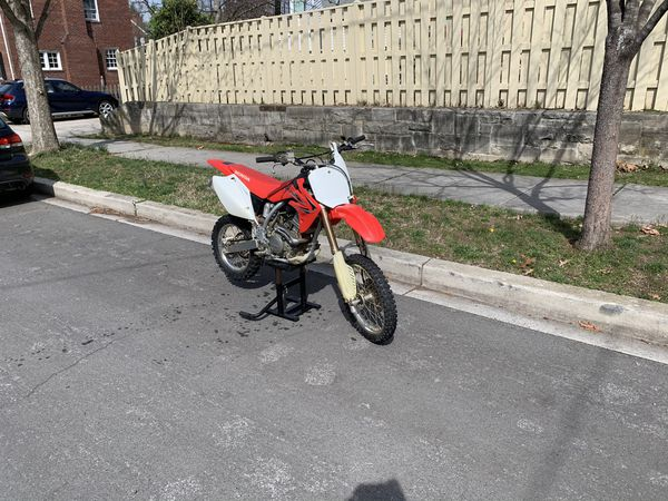 Crf150r WITH TITLE