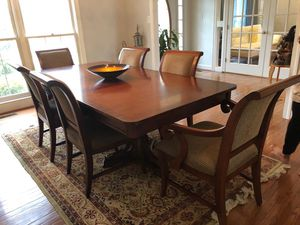 Dining table set with 6 chairs for Sale in Herndon, VA