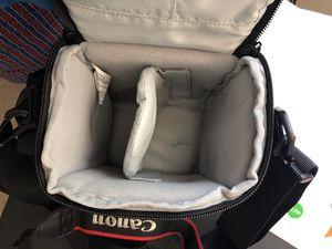 Lowepro DSLR camera bag for Sale in Parlin, NJ