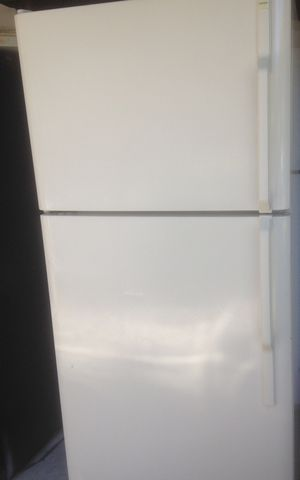 Hot point refrigerator for Sale in Tampa, FL