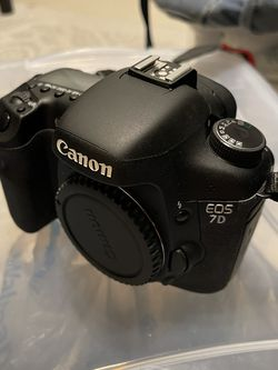 Canon 7D With Accessories for Sale in Hallandale Beach,  FL