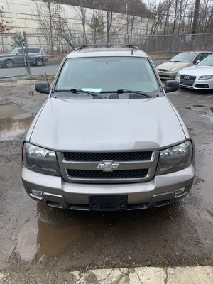 2008 Chevy trail blazer for Sale in Waterbury, CT