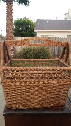 Magazine Basket / Rack for Sale in Chino Hills, CA