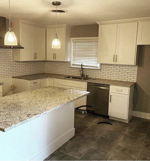 White shaker kitchen cabinets for Sale in San Diego, CA