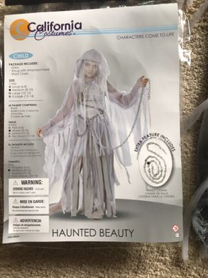 Haunted Beauty Halloween costume, worn once $15.00 for Sale in St. Louis, MO