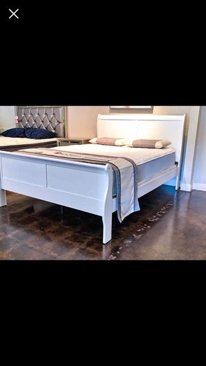 Queen white sleigh bed with mattress and free delivery for Sale in Austin, TX