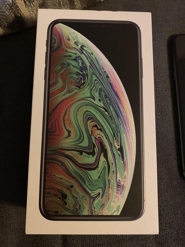 Verizon iPhone 8+ unlocked mint