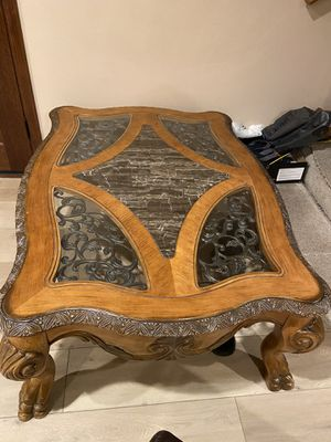 Coffee table for Sale in Shadow Hills, CA