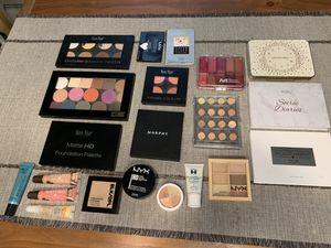 Makeup/beauty kit! for Sale in Chicago, IL