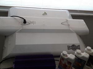 Grow light, with ballast, and full bottles nutrition feed for Sale in PUEBLO DEP AC, CO