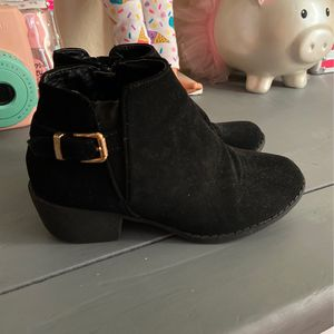 Girl Booties Size 11 for Sale in Irvine, CA