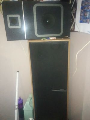 Kenwood tower speakers for Sale in Sanger, CA