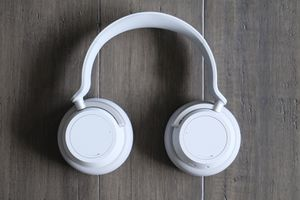 Microsoft Surface Noise Cancelling Headphones for Sale in Bellevue, WA