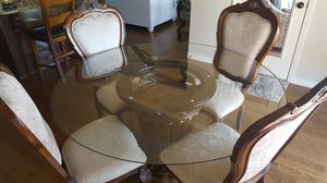 Dining room table and 4 chairs for Sale in Tulsa, OK