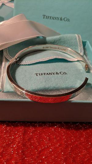 Tiffany & Co Hinged Script Bangle Bracelet for Sale in McKeesport, PA