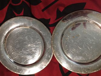 Set of two vintage Eligon plates for Sale in Crewe,  VA