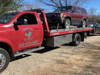 Tow Truck for Sale in San Antonio,  TX