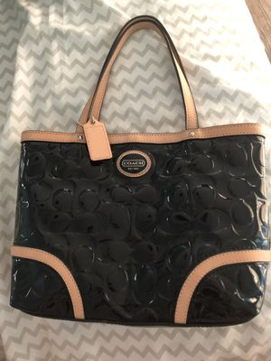 Genuine Coach bag for Sale in Columbia, MD